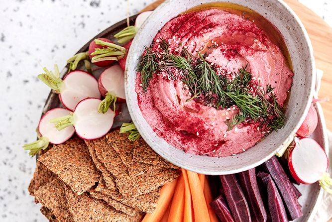 ROSEMARY FLAX CRACKERS WITH FESTIVE BEET HUMMUS